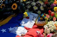 Venezuela helicopter attack pilot Oscar Pérez buried