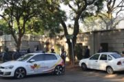 South Africa Zuma: Gupta family home raided by police