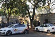 South Africa Zuma: Gupta family home raided by police
